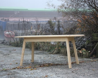 Design Holztisch Wooden Table - Pine wood, Kiefer, Einzelstück
