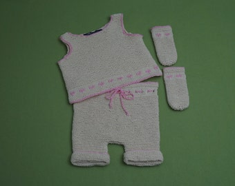 Top with panties and socks, Gr. 74, approximately 6-9 months