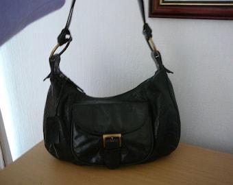 Beautiful Vintage Visconti Black Leather Bag in VGC