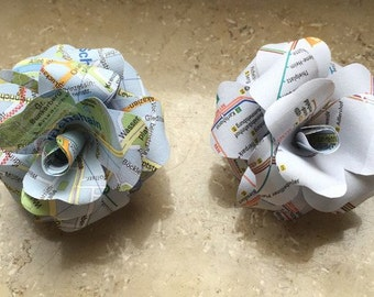 3 capital rose from Berlin City map / flower clips / clip flowers / paper rose / Berlin / City map