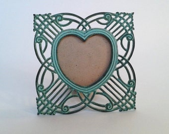Metal Heart Shaped Tabletop Picture Frame