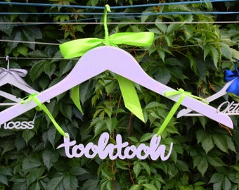 Personalized hangers with your name or any writing