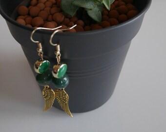 Golden wings earrings green beads - Wing earrings