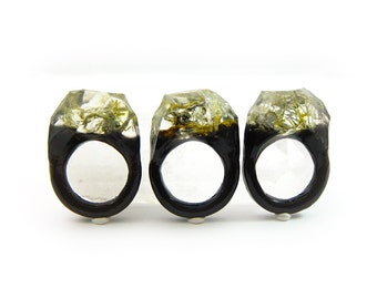 Lichen Moss Terrarium Resin Ring • Size 9 • Eco Resin Ring • Asymmetrical Unusual Ring • Resin Terrarium Ring • Nature Resin Ring • 2D