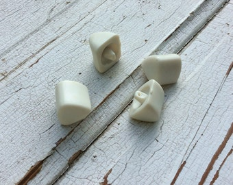 Chunky White Button,Triangle Shape Button,Vintage Seventies Buttons,Mod Button,Funky Button,Set of 4