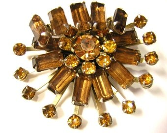 Amber colored Rhinestone Tiered Brooch Vintage Prong Set