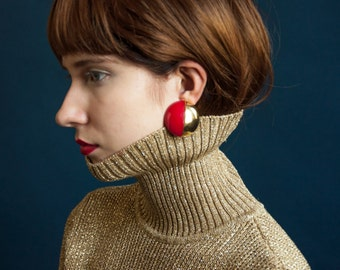 two tone red gold circle earrings / minimalist earrings / geometric earrings / 1210a