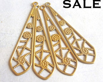 LAST Set - Brass Filigree Drop Pendants (12X) (M774) S A L E - 50% off