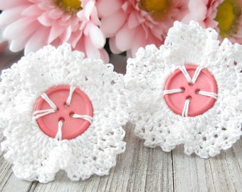 Cottage Chic Lace Daisy Crochet Wedding White Button Hair Clips for Women or Girls