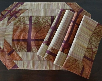 Modern Placemats with Cloth Lined Napkins