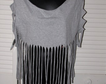 boho chic hippie dippie gray backless shredded t shirt crop top with fringe and sliced sleeves