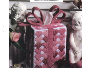 Valentine Tissue Box Cover ~ plastic canvas pattern