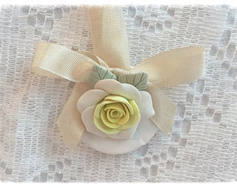 ORNAMENT Yellow White Roses Polymer Clay Shabby Chic ECS sct schteam svfteam