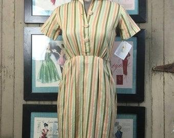 On sale 1950s wiggle dress 50s day dress size x small Vintage cotton dress petite