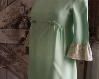Fall sale 1960s dress baby doll dress Lorrie Deb dress size medium Vintage dress mini dress mod dress vintage dress