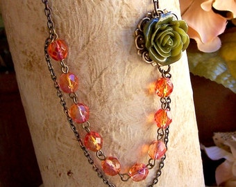 Romantic Flower Necklace, Green Flower, Fall Jewelry, Autum Jewelry, Shabby Chic, Old Fashioned Jewelry, Vintage Inspired, Flower Jewelry