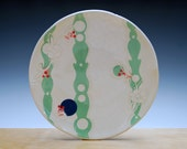 Large plate in Ivory w. Green Arabesque mod & Navy, Pink, and Red Polka dots, Serving / dinnerware