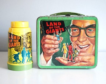 1968 Metal Lunch Box Land of the Giants Vintage Aladdin Thermos Sci-Fi TV Show Irwin Allen Aliens Retro Home Decor Collectibles