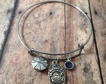 Police badge and cap bangle - police wife jewelry, gift for policewoman, police jewelry, law enforcement bangle, police badge bracelet