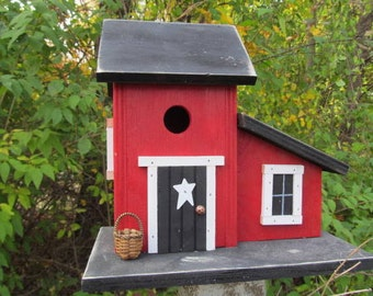 Primitive Country Red Birdhouse Basket White Rusty Star