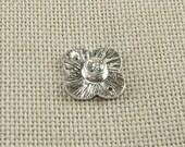 ON SALE Bezel Set White Topaz Gemstone Gem on 12mm Clover Shaped Bali Sterling Silver Brushed Textured Connector Rings Links (2 beads