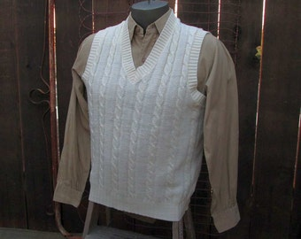 Sweater Vest Jantzen Cable knit 60s Vintage vest cream 60s V neck acrylic Pullover  M/L