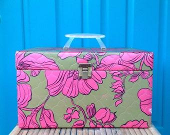 SALE-FREE SHIPPING-Vintage Retro Olive Green & Hot Pink Vinyl Carrying Case/Suitcase-Luggage-Travel Case-Storage Box-Boho-Keepsake Box-Mod