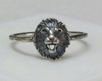 Lion Ring in Blackened Silver, US Size 7 Ring, Animal Head Ring, Lion, Critter Ring, Cat Ring,  by Maggie McMane Designs