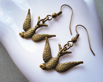 Swallow earrings, swallow jewelry, swallow bird earrings, antiqued brass, bronze, earrings handmade jewelry flying soaring swallow bird
