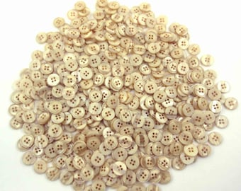 Large Lot of 470 Beautiful Vintage Assorted Beige and Tan Buttons