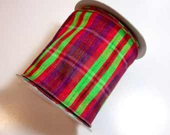 Wide Wired Ribbon, Lion Brand Derring Wired Fabric Ribbon 4 inches wide x 10 yards, Full Bolt of Red and Green Plaid Ribbon