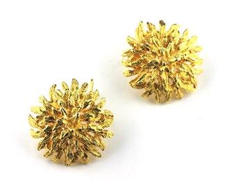 Gold Chrysanthemum Flower Vintage Earrings
