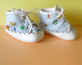 Chaussons bébé vintage