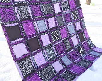 Zebra Bedding - Black / Purple Bedding - Available in Twin / Full / Queen / King Size - Dorm Bedding Girls Bedroom -  Rag Blanket- Rag Quilt