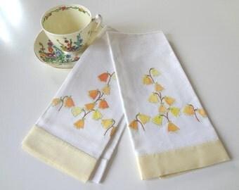 Japanese Lantern Hand Towels Vintage Hand Applique Set of 2 Garden Flowers Cotton Yellow Orange - EnglishPreserves