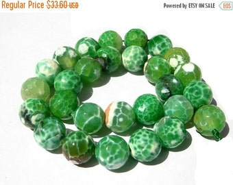 55% OFF SALE 14 Inches - Finest Quality Shaded Leaf Green Agate Faceted Round Beads, Size 14x14mm approx