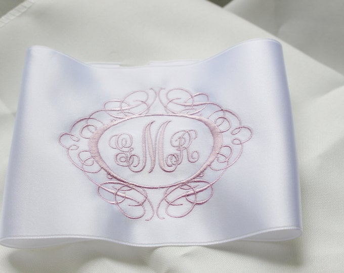 Monogrammed Custom Wedding Dress Label, Embroidered Something Blue Gift, Gift for Bride, Wedding Shower Gift