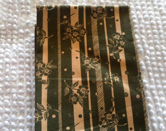 Vintage Cotton Quilt Fabric Olive Green on Gold