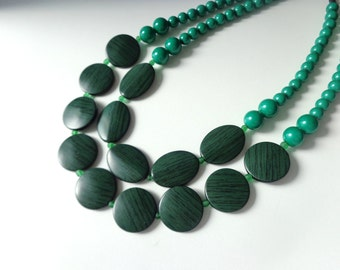 chunky green black necklace statement style, double strand