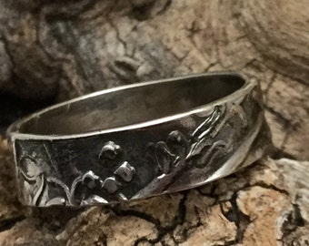 Made To Order Woodlands Band Ring