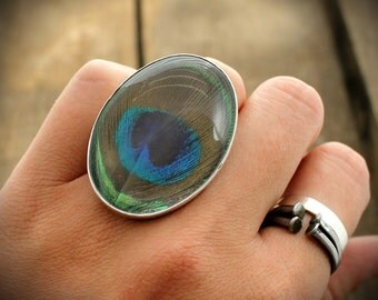 READY TO SHIP - Sterling Ring with Quartz and Naturally Shed Peacock Plumage Feather -Size 6.5
