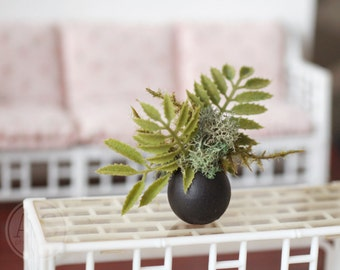 1:6 Scale Miniature Black Round Vase Plant Fern Moss Arrangement Blythe Momoko Pullip Barbie Fashion Royalty Doll House