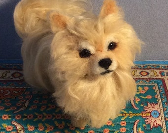 Needle felted Custom dog Pomeranian sculpture pet portrait art animals