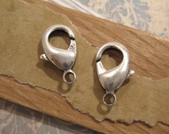 18.9 Lobster Clasp in Antique Silver from Nunn Design