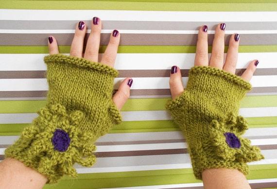 Fingerless Gloves Knitting Pattern Magic Loop : Knitting Pattern Fingerless Gloves Wrist Warmers Wisley ...