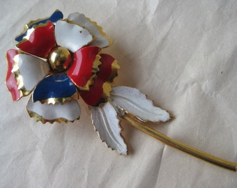 Flower Red White Blue Brooch Gold Vintage Pin