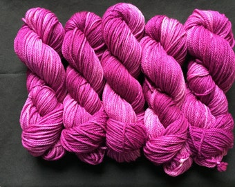 The Periwinkle Sheep merino aran - orchid