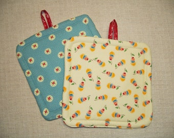 Mary Engelbreit Cherry Insulated Pot Holders, Set of 2, Fabric Potholders, Hot Pads, Hostess Gift, Kitchen Gift