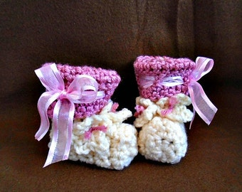 crochet pattern for babies, Baby booties, Pink Ribbon Baby Booties, great shower gift,  num. 912