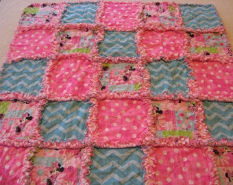 Cute Minnie Mouse Baby Girl Rag Quilt Blanket 35x35